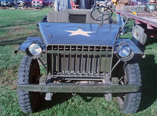 Bantam BRC-40. Credit to militarytrader.com.